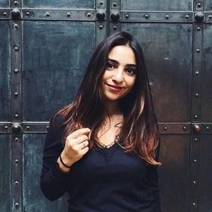 Serina Tübingenbaden Württemberg Lehramt Studentin Gibt