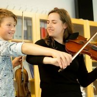 Geigenunterricht in Berlin für Anfänger und Fortgeschrittene // Violin lessons in Berlin for beginners and intermediates