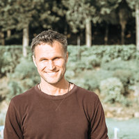 Personal trainer from NYC with a holistic approach now teaching in Berlin